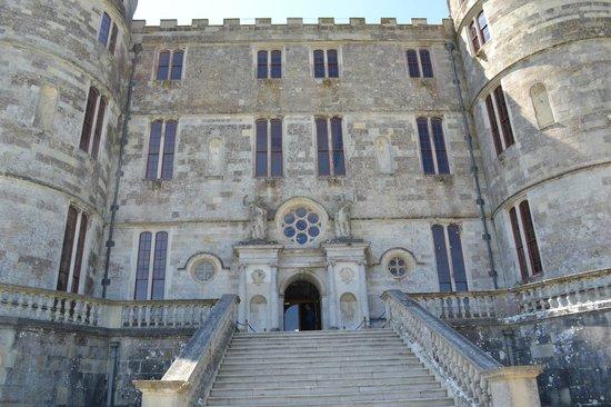 Lulworth Castle & Park: Castle entrance