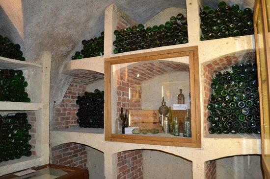Lulworth Castle & Park: Cellar