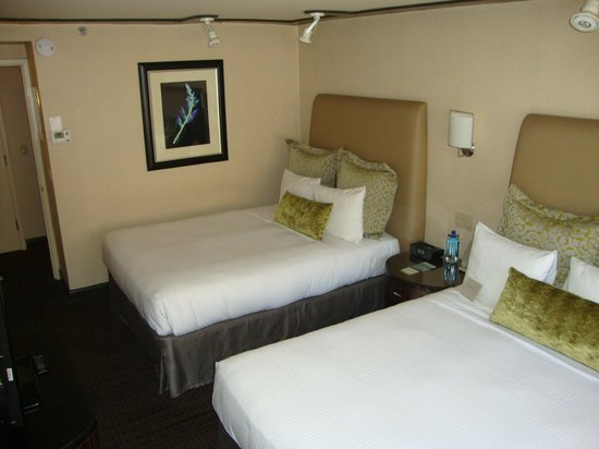 Dumont NYC–an Affinia hotel : Main bedroom of room 1703