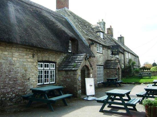 The New Inn: Front of Inn