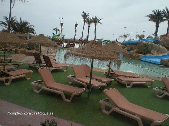 Evenia Zoraida Park : Piscinas