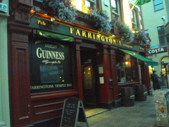 Farringtons Restaurant: Aussenansicht