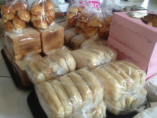 The Glass House : lots of homemade bread