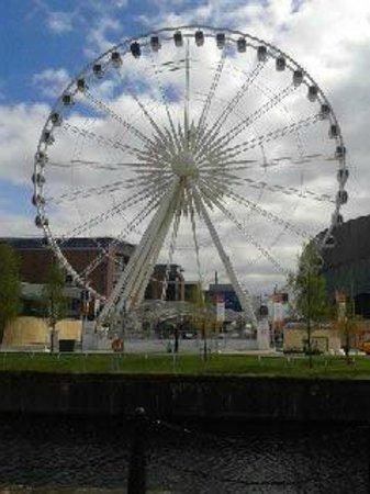 Albert Dock : The Liverpool eye