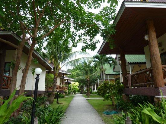 Phi Phi Andaman Beach Resort : バンガロータイプの部屋