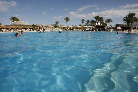 Djerba Sun Club: La piscine Principale