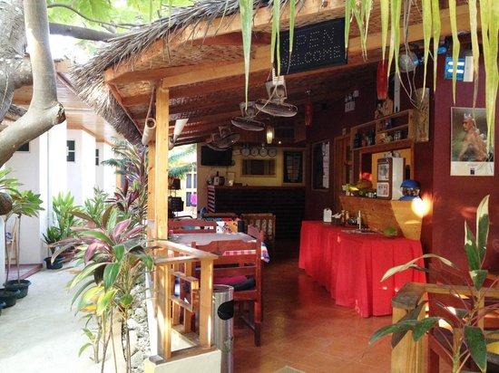 Stingray Beach Inn: the restaurant