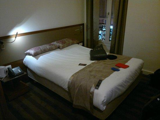 Art Hotel Batignolles: room