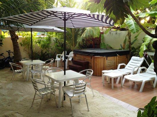 Stingray Beach Inn: the jaccuzi...