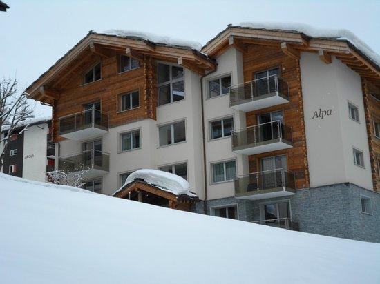 Haus Alpa Zermatt: Nine private apartments