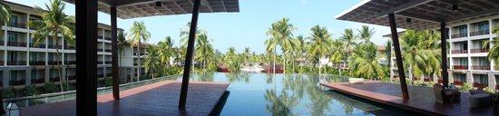 SENTIDO Graceland Khao Lak Resort & Spa : view from lobby