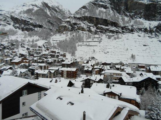 Haus Alpa Zermatt: View from Master Bedroom