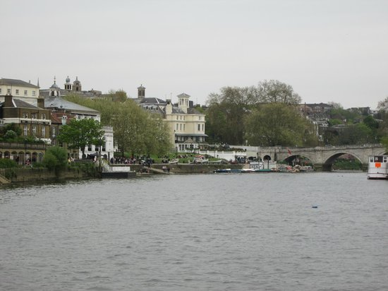 The end of the journey - Richmond - Picture of Thames