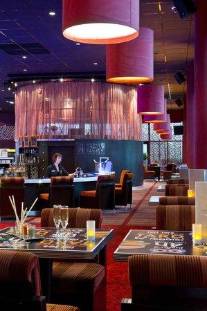 Casino Barriere De Blotzheim : Le Blotz'café, Show bar