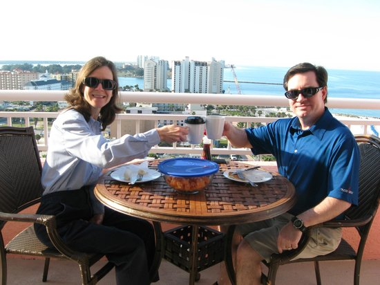 Hyatt Regency Clearwater Beach Resort & Spa: Balcony breakfast at Hyatt Clearwater