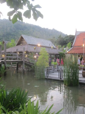 Siam Niramit Phuket : Traditional Thai Village