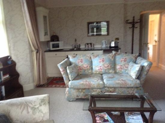 Plas Maenan Country House: Caernarfon suite lounge area