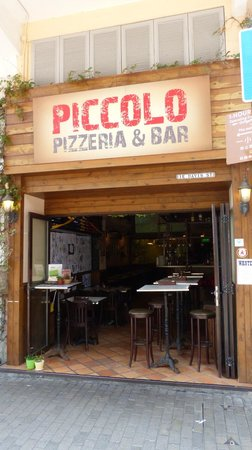 Piccolo Pizzeria & Bar