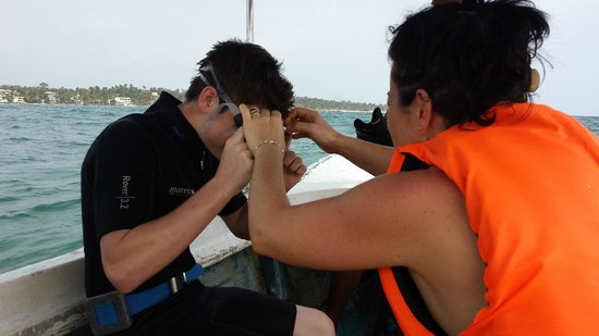 Submarine Diving School: getting ready