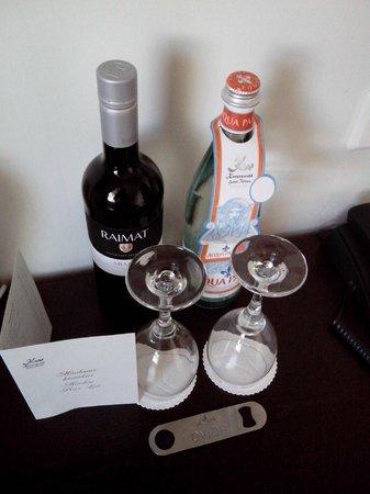 Kreutzwald Hotel Tallinn: вино