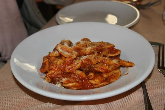 Trattoria San Carlino : Maritati with meat sauce