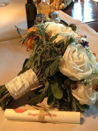 Bosco della Spina : Beautiful wedding bouquet