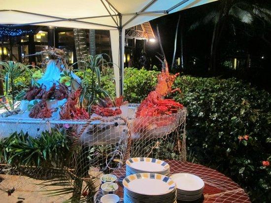 Le Meridien Ile des Pins: Lobster ohne Ende