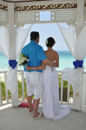 Décor d'un mariage - Picture of Hotel Playa Cayo Santa Maria, Cayo on