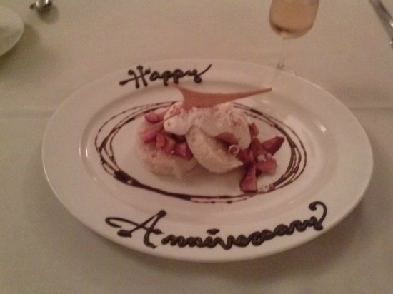 Stanley's Steakhouse: Our special dessert