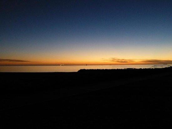 Mantarays Ningaloo Beach Resort: sunrise