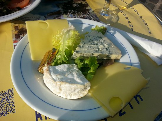 Au Clairon des Chasseurs : cheese selection