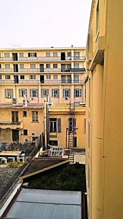 Hôtel Nice Riviera : Desolater Anblick