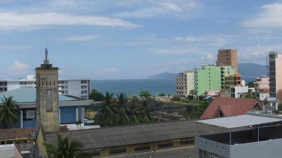 Chau Loan Hotel: Вид с балкона.