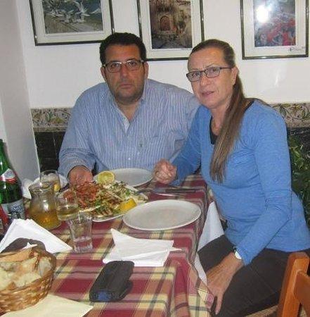 Autoservizi Parlatore Private Tours: pranzo presso Taverna Naxos di Angelo Savoca