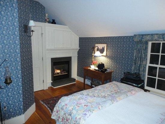 The Inn at Weston : Peabody