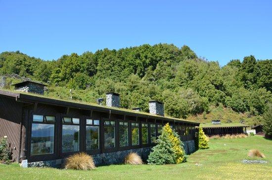 Takaro Lodge: Main building - Restaurant and reception