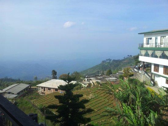 Srilak View Holiday Inn : Aussicht vom Zimmer des hinteren Gebäudekomplexes