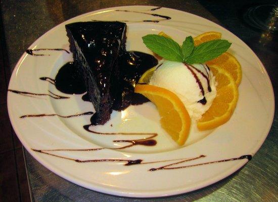 Raphael's Restaurant : lava