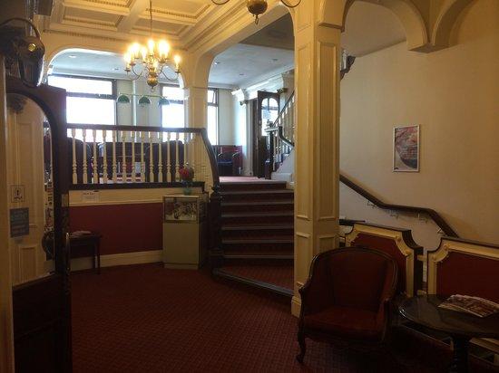 Gilson Hotel: Reception