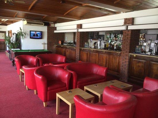 Gilson Hotel: Bar area