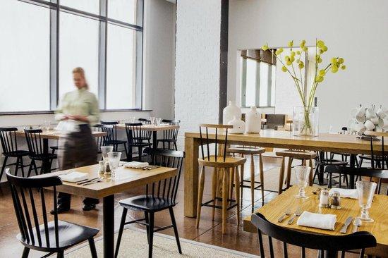 22 Square Restaurant