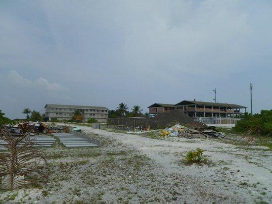 Fun Island Resort: la discarica