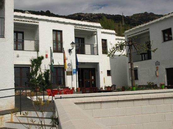 Hotel Villa de Bubion : Entrada Hotel