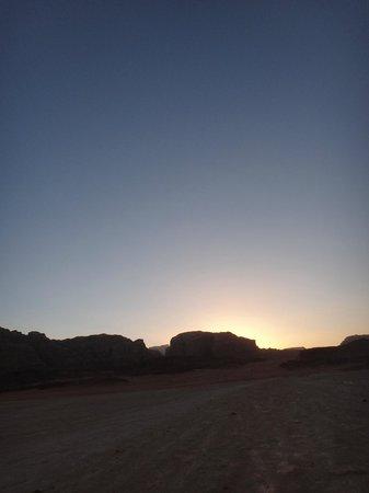 Captain's Desert Camp: Dusk