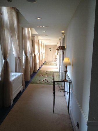 Hotel Dukes' Palace Bruges : Corridor to our suite