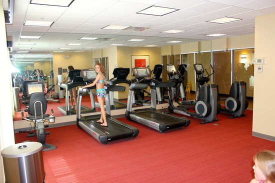 Hyatt Place Fort Myers at The Forum: gym