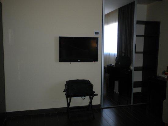 Grand Crucero Iguazu Hotel : tv lcd