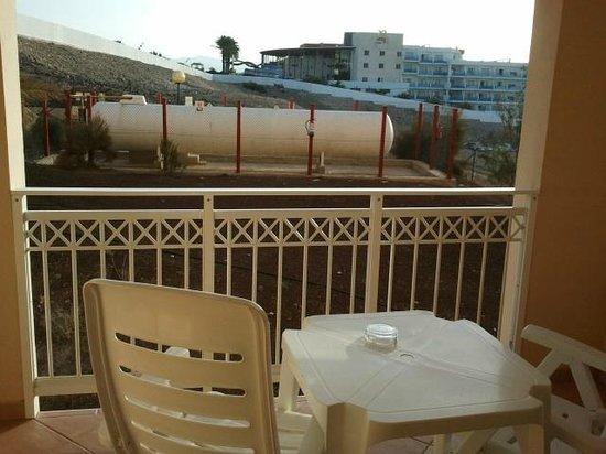 SENTIDO H10 Playa Esmeralda : photo 2 view from third floor room - side of hotel