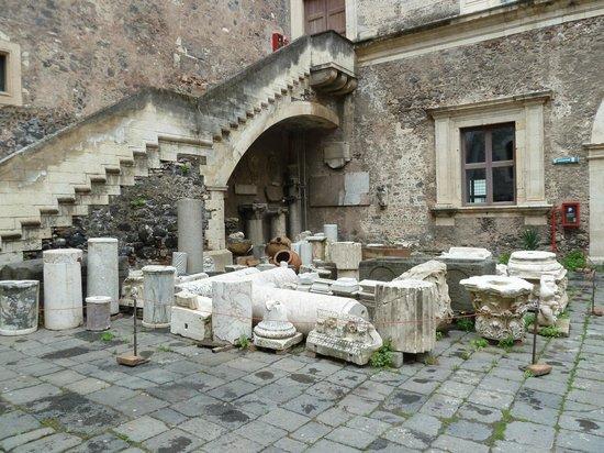 Museo Civico Castello Ursino: Magazzino