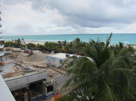 Hotel Riu Plaza Miami Beach: riesen Baustelle direkt neben dem Hotel